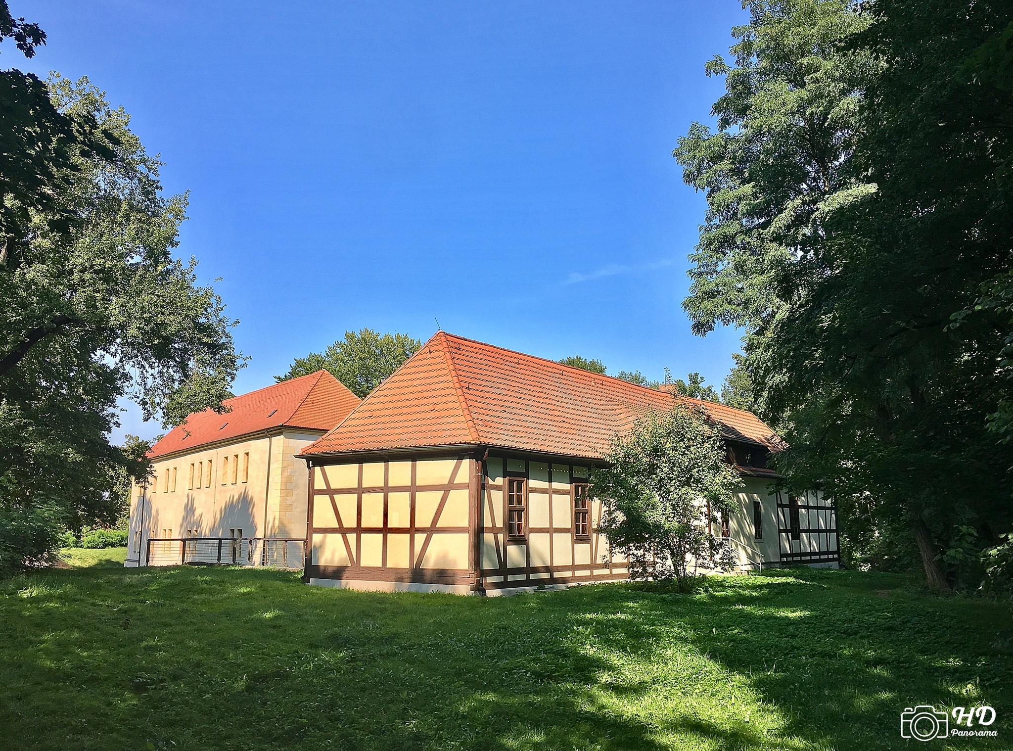 Das Kommandantenhaus (Rückseite) am Schloss und Festung Senftenberg, Foto © René Blanke
