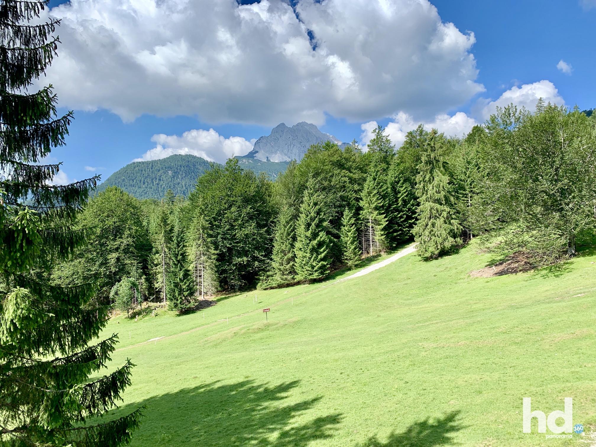 Mit der Seilbahn hoch auf den Kranzberg, Mittenwald, Foto © HD-Panorama