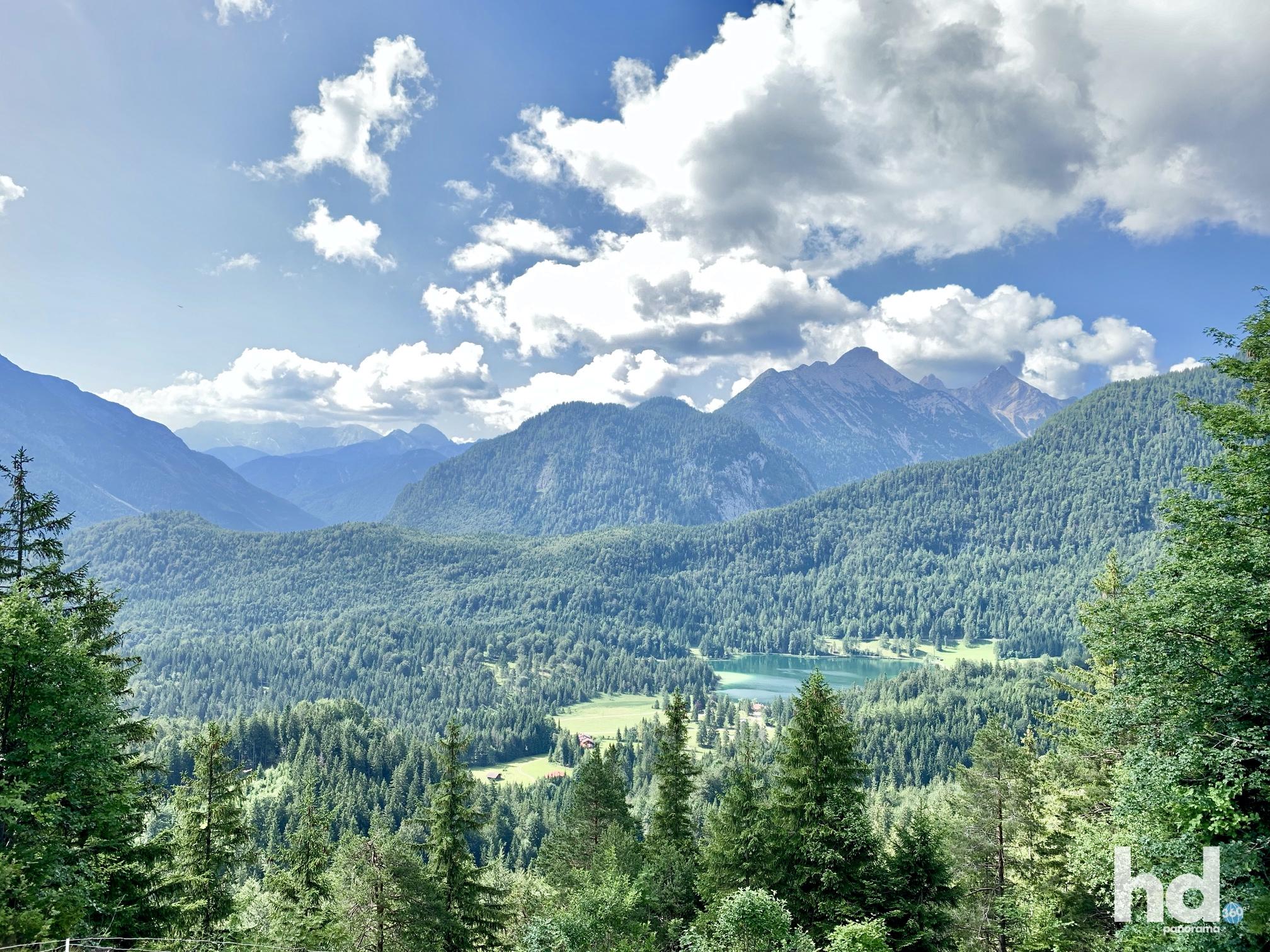 Barfußwanderweg Mittenwald auf dem Kranzberg, Foto © HD-Panorama