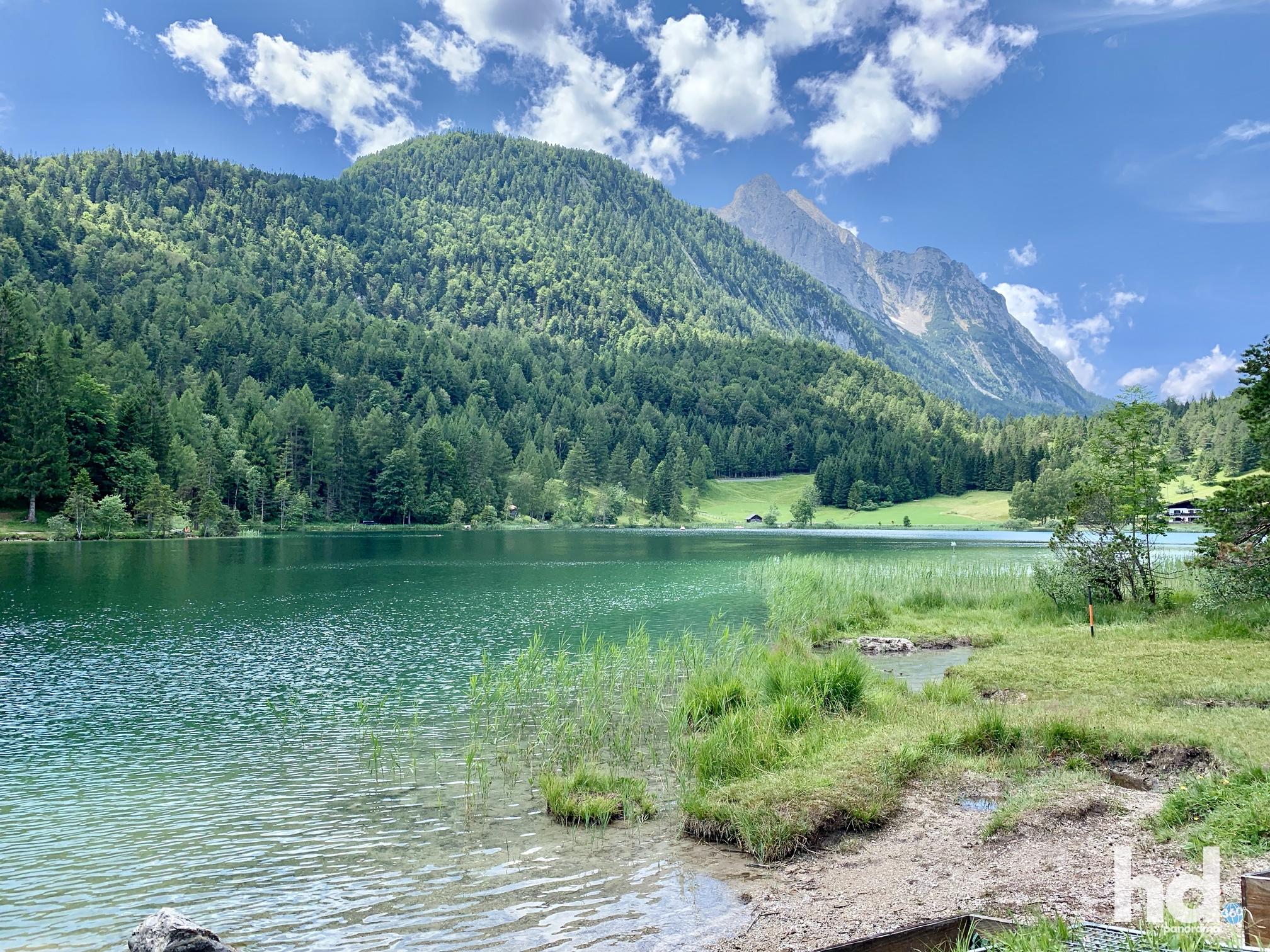 Der Lautersee und Lauterseealm, Mittenwald, Foto © HD-Panorama