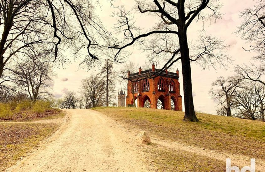 Neues aus dem Park Babelsberg – Gerichtslaube, Flatowturm und Sichtachsen