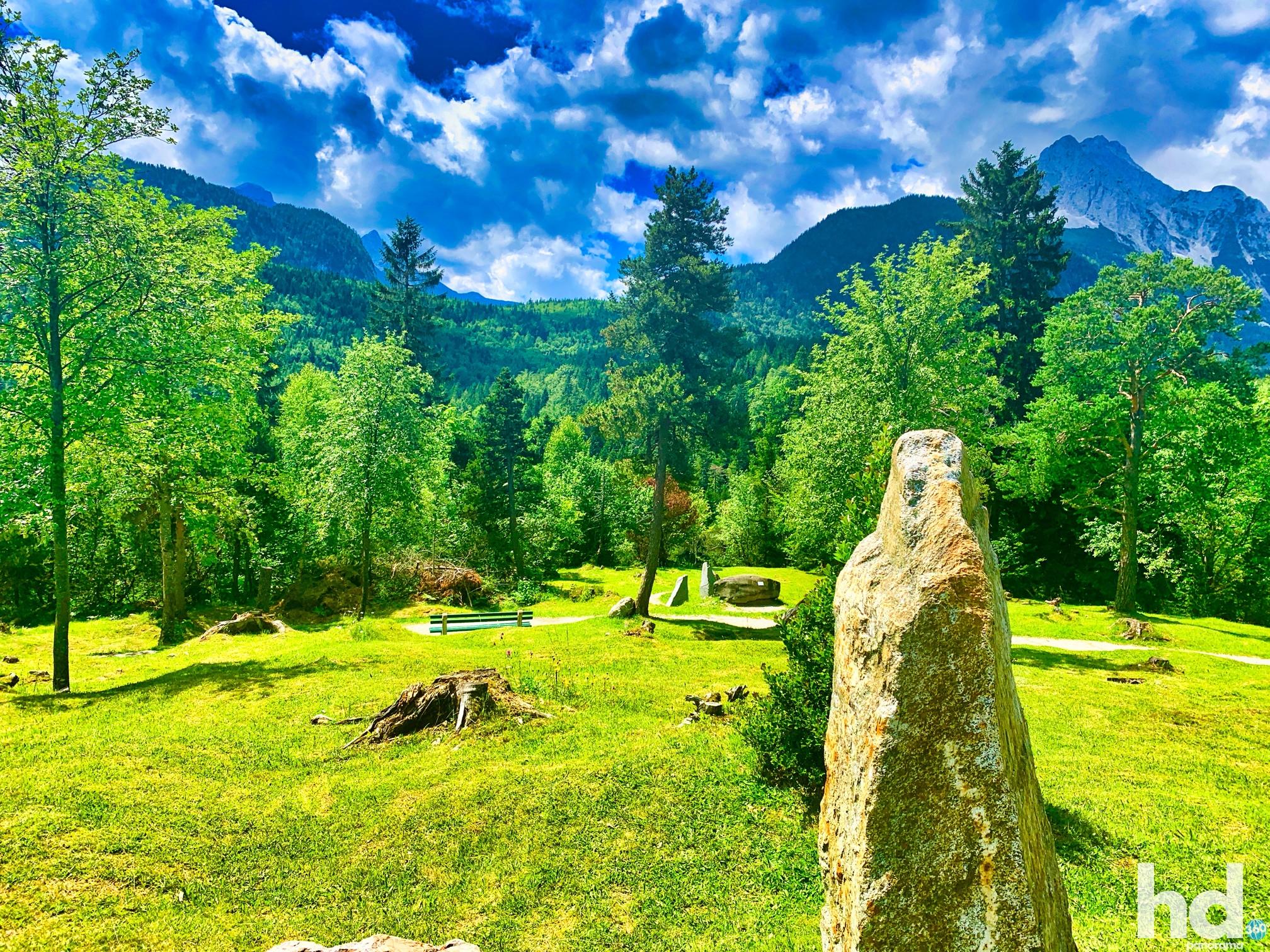 Der Steingarten auf dem Hohen Kranzberg in Mittenwald im Karwendelgebirge - Foto © HD-Panorama