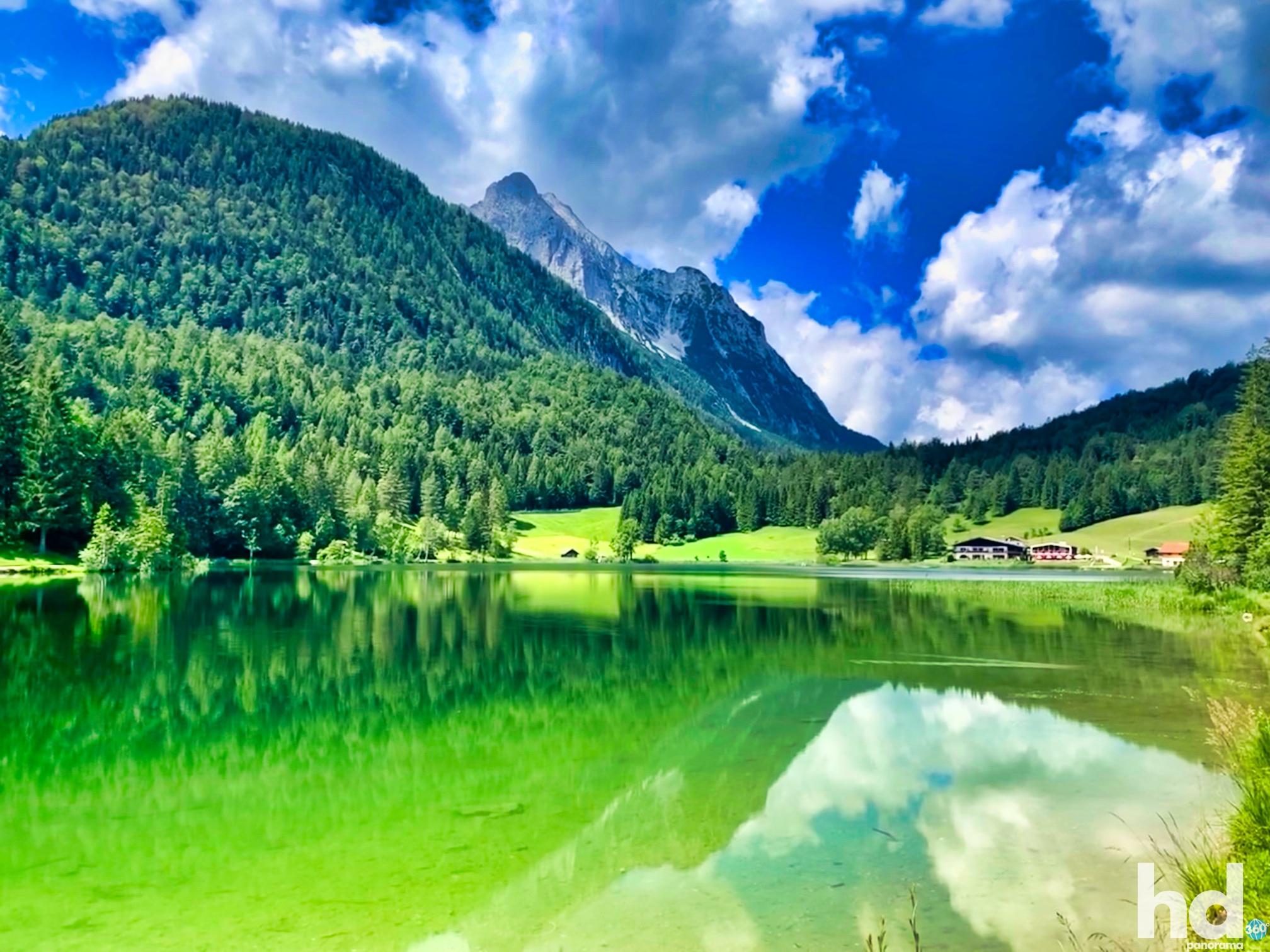 Der Lautersee bei Mittenwald im Karwendelgebirge - Foto © HD-Panorama
